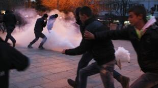 Столкновения манифестантов с полицией в Косово, 24 января 2015 г.