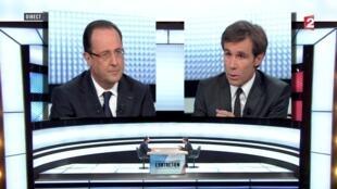 President François Hollande (L) faces France 2's David Pujadas