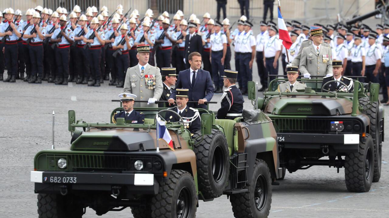 """Ex-Generäle müssen mit Sanktionen rechnen, nachdem sie vor einem """"Bürgerkrieg"""" in Frankreich gewarnt haben"""