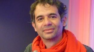 El realizador colombiano Nicolás Rincón Gille en RFI