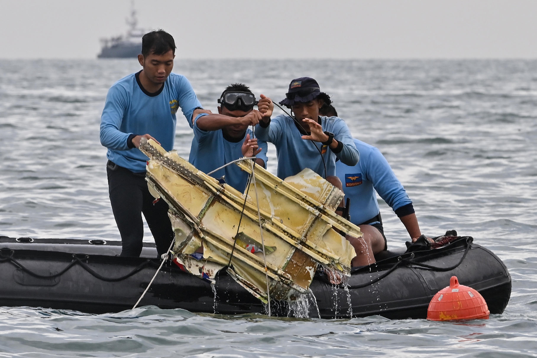 Indonésie Crash Accident Avion Boeing 737-500 Sriwijaya Air