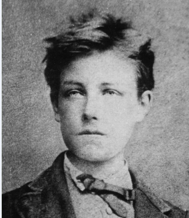 O poeta Arthur Rimbaud, aos 17 anos, em foto de Étienne Carjat, tirada provavelmente em 1871.