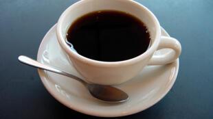 A redução dos riscos de câncer de próstata seria visível a partir de seis xícaras da bebida por dia.