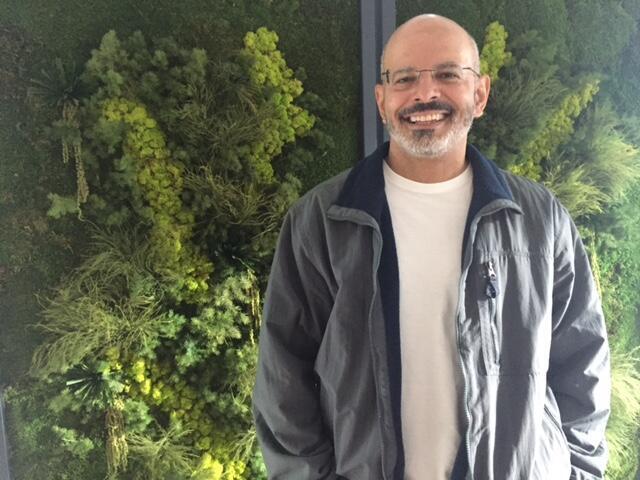 O doutor em Literatura Comparada e especialista na obra de Chico Buarque, Roniere Menezes.