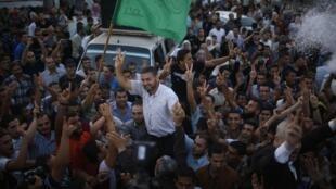 پس از دریافت خبر پذیرش پیشنهاد مصر توسط اسرائیل مبنی بر آتشبس کامل و نامحدود در نوار غزه، مردم غزه به رقص و پایکوبی پرداختند