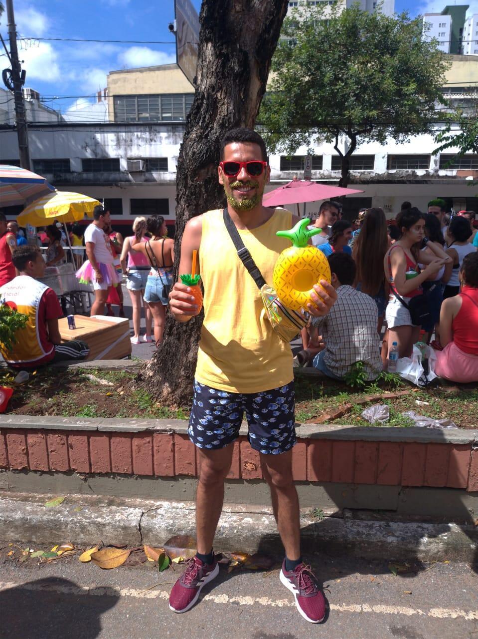 O servidor Paulo Henrique dos Santos acaba de passar o primeiro Carnaval sem álcool.