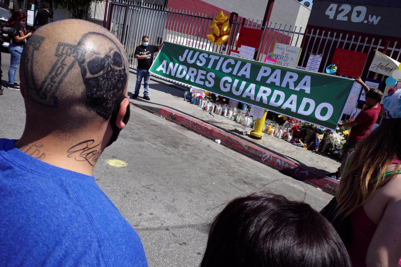 Des centaines de personnes ont manifesté à Gardena après la mort de Guardado, le 21 juin 2020.