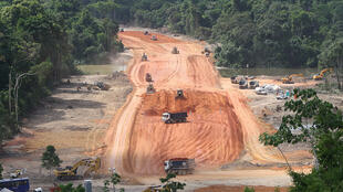 Chantier du barrage de Belo Monte, le 29 décembre 2011.