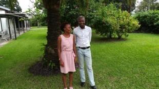 Gabriel Okoundji et Ange Kasongo Adihe à la Fête du livre de Kinshasa 2020.