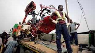 L'hélicoptère s'est écrasé peu après son décollage de l'aéroport international d'Abidjan, le 14 décembre 2017.