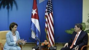 Diplomatie : Cuba - Etats-Unis, visite de Nancy Pelosi, février 2015.