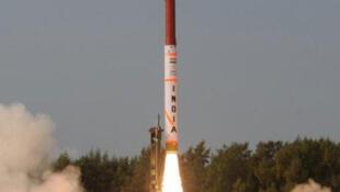 Tên lửa tầm xa Agni -4 của Ấn Độ