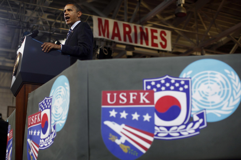 Tổng thống Obama nói chuyện với binh sĩ Mỹ đồn trú ở Hàn Quốc ngày 11/11/2010.