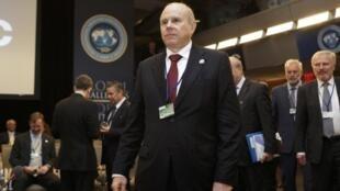 O ministro da Economia, Guido Mantega, durante participação em evento do FMI no Banco Mundial, em Washington, em abril deste ano.
