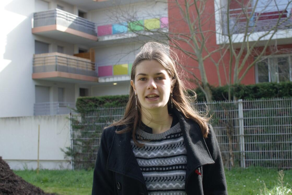 Eco delegate Edwige Pujol, from Marcelin Berthelot high school in Toulouse, standing in front of the future biodiversity corridor, March 2021.