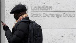 La récession mondiale devrait être moins prononcée que prévu en 2020, estime l'OCDE dans ses perspectives économiques.