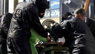 جمهوری اسلامی ایران بارها حکم قطع انگشتان دست را به اجرا گذاشته است