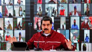 El presidente venezolano, Nicolás Maduro, habla durante una reunión con miembros del Partido Socialista Unido (PSUV) de Venezuela en Caracas, el 17 de septiembre de 2020