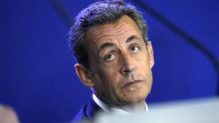 Le président de l'UMP Nicolas Sarkozy, le 17 janvier 2015 au siège du parti.
