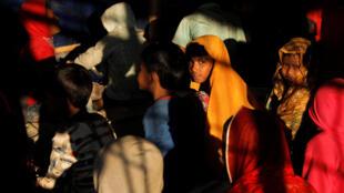 Người Rohingya trong một trại tỵ nạn gần Cox's Bazar, Bangladesh. Ảnh ngày 27/12/2017.