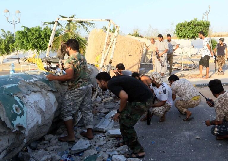 Des forces pro-gouvernementales face à l'Etat islamique, le 13 août 2016 (photo d'illustration).