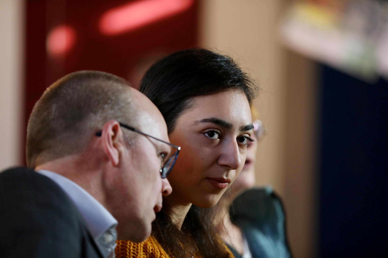 21-летняя Айарпи Тамразян в церкви Бетель