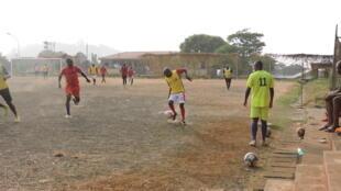 Entrainement de Njalla Kwan FC un  samedi matin 6
