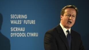 """Thủ tướng Anh David Cameron phát biểu về trường hợp """"Jihadi John"""" trong bài diễn văn về an ninh và tương lai xứ Wales © REUTERS /Rebecca Naden"""