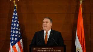 O secretário de Estado americano, Mike Pompeo no Cairo no  dia 10 de Dezembro  de 2019.