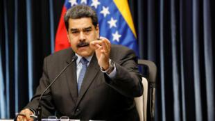 «Je laisse 48 heures aux gouvernements du cartel de Lima pour rectifier leur politique interventionniste et grossière», a prévenu le président vénézuélien.