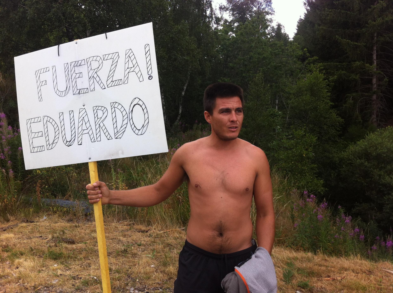 Un compatriote d'Eduardo Sepulveda l'attendait en vain ce dimache sur le bord de la route.