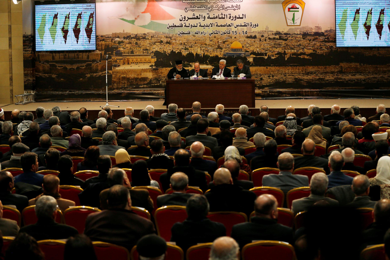 Em votação na cidade de Ramallah, na Cisjordânia, o Conselho Central da OLP encarregou o comitê executivo da suspensão do reconhecimento de Israel.