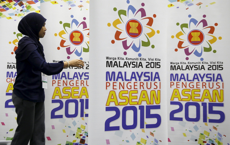 Chuẩn bị cho hội nghị thượng đỉnh ASEAN ở Kuala Lumpur, Malaysia, 24/04/2015.