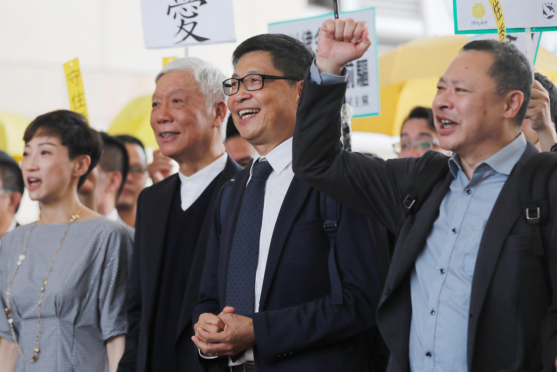 Ba sáng lập viên phong trào Occupy Central Hồng Kông, ảnh từ trái sang phải : Chu Diệu Minh, Trần Kiện Dân và Đới Diệu Bình. Ảnh ngày 09/04/2019.