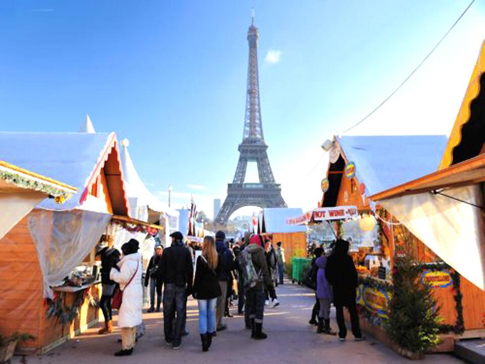 Ngôi chợ Giáng Sinh nằm ở phố Trocadéro, Paris (DR)