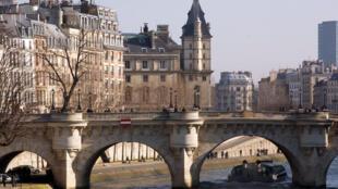 C?u Pont Neuf - Paris.