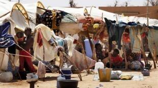 Réfugiés maliens dans le camp de Sevare, 600 km au nord-est de Bamako.