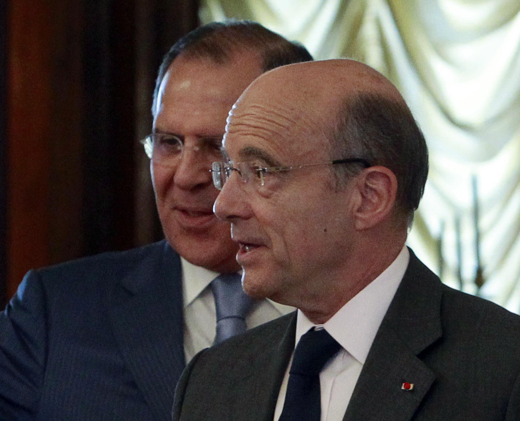 Министр иностранных дел Франции Ален Жюппе на встрече с главой российского МИДа Сергеем Лавровым 1 июля 2011 года