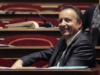 O presidente eleito do Senado, o socialista Jean-Pierre Bel.