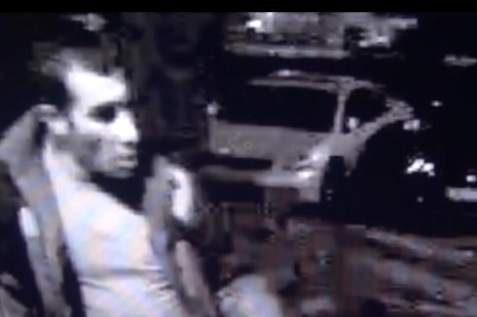 Изображение предполагаемого убийцы Егора Щербакова с камеры видеонаблюдения