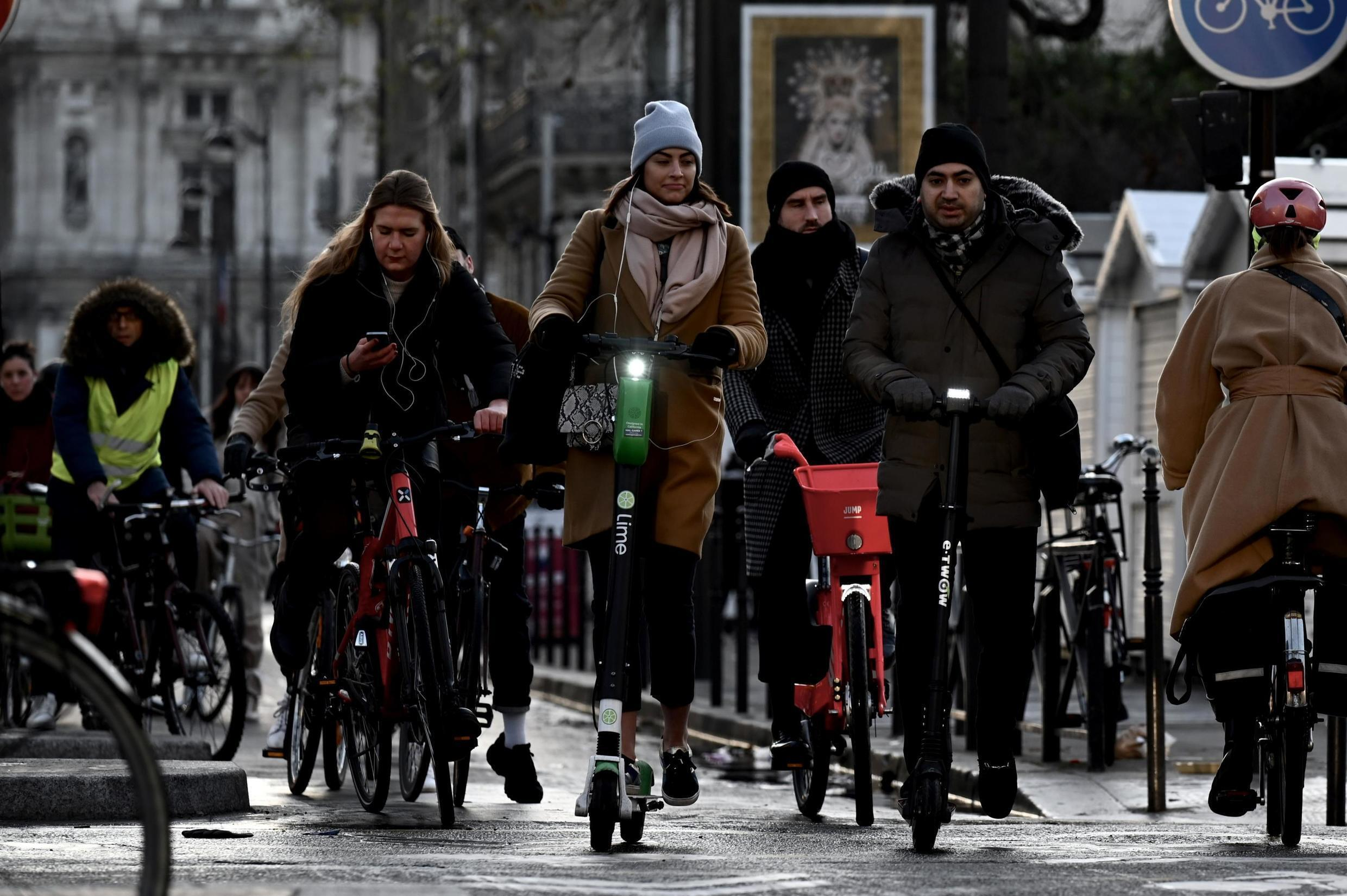 An increase in Parisians commuting by bicycle and electric scooter has pedestrians on edge.