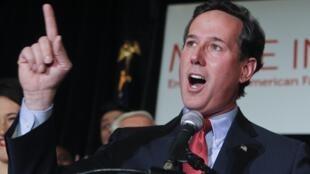 O pré-candidato republicano e ex-senador Rick Santorum durante evento em St. Charles, no Missouri, nesta quarta-feira.