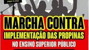 Jovens manifestam contra propinas no ensino superior em Angola