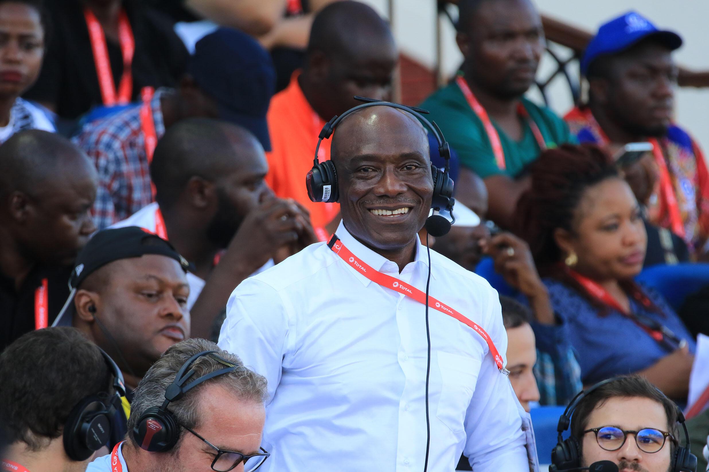 Joseph-Antoine Bell, consultant pour RFI lors de la Coupe d'Afrique des nations.