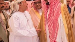 Le président yéménite a été accueilli à Riyad le 26 mars par le ministre saoudien de la Défense Mohammad bin Salman.