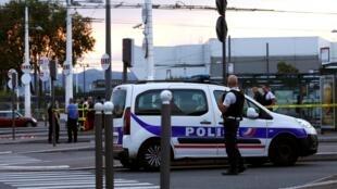 Samedi 31 août, un Afghan d'une trentaine d'années a poignardé aveuglément autour de lui à la gare routière Laurent-Bonnevay de Villeurbanne.