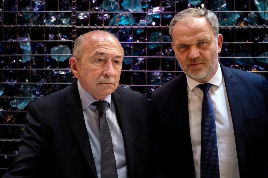 Gérard Collomb (à gauche), aux côtés François-Noël Buffet, le 28 mai 2020 à Lyon.