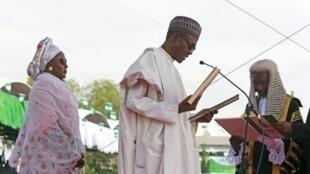 Shugaban Najeria Muhammadu Buhari, lokacin da yake karbar rantsuwar aiki