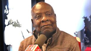 Emmanuel Dongala.