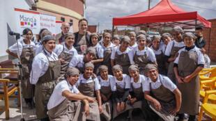 El chef danés Claus Meyer y alumnos Manqa.